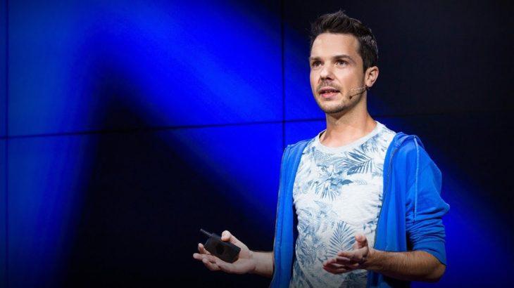 The case for a decentralized internet   Tamas Kocsis